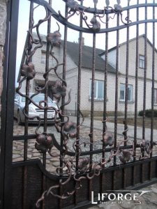купить кованые откатные ворота
