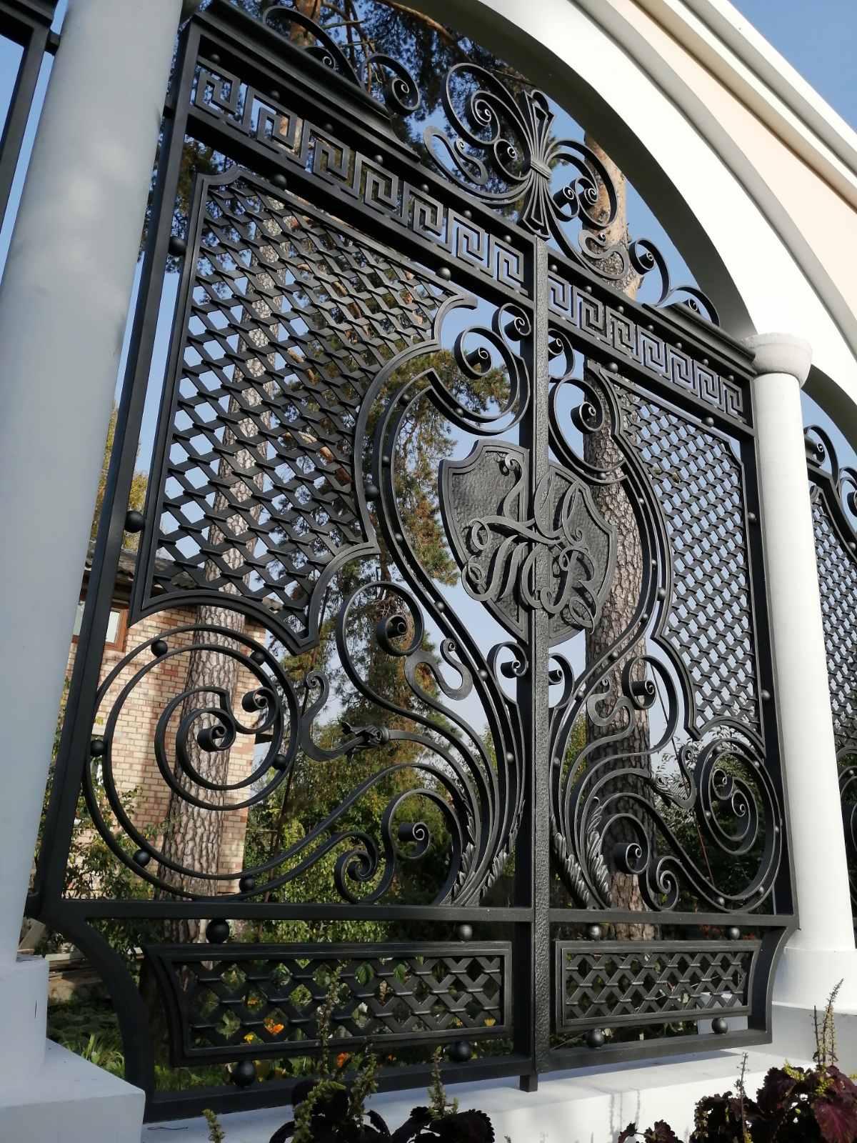 Кованые ворота №12 1130 руб. кв. м.