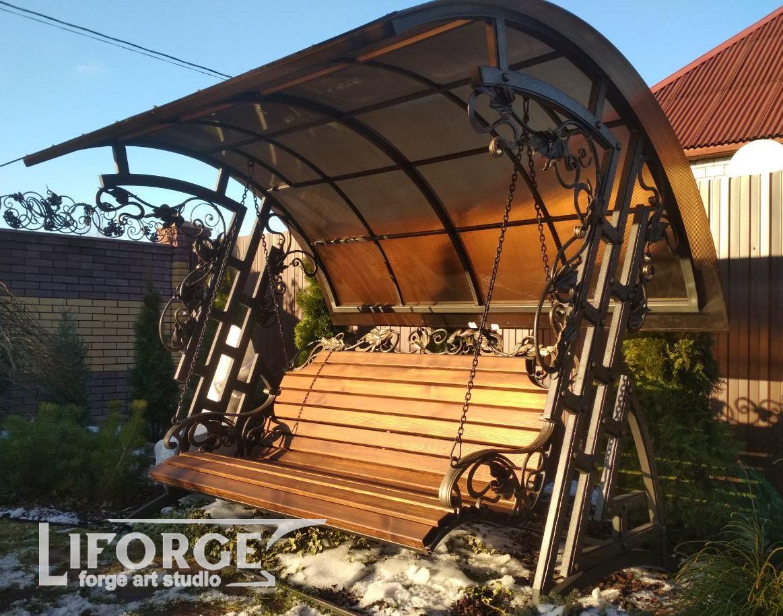 Кованая садовая скамейка №003 от 2800 руб.