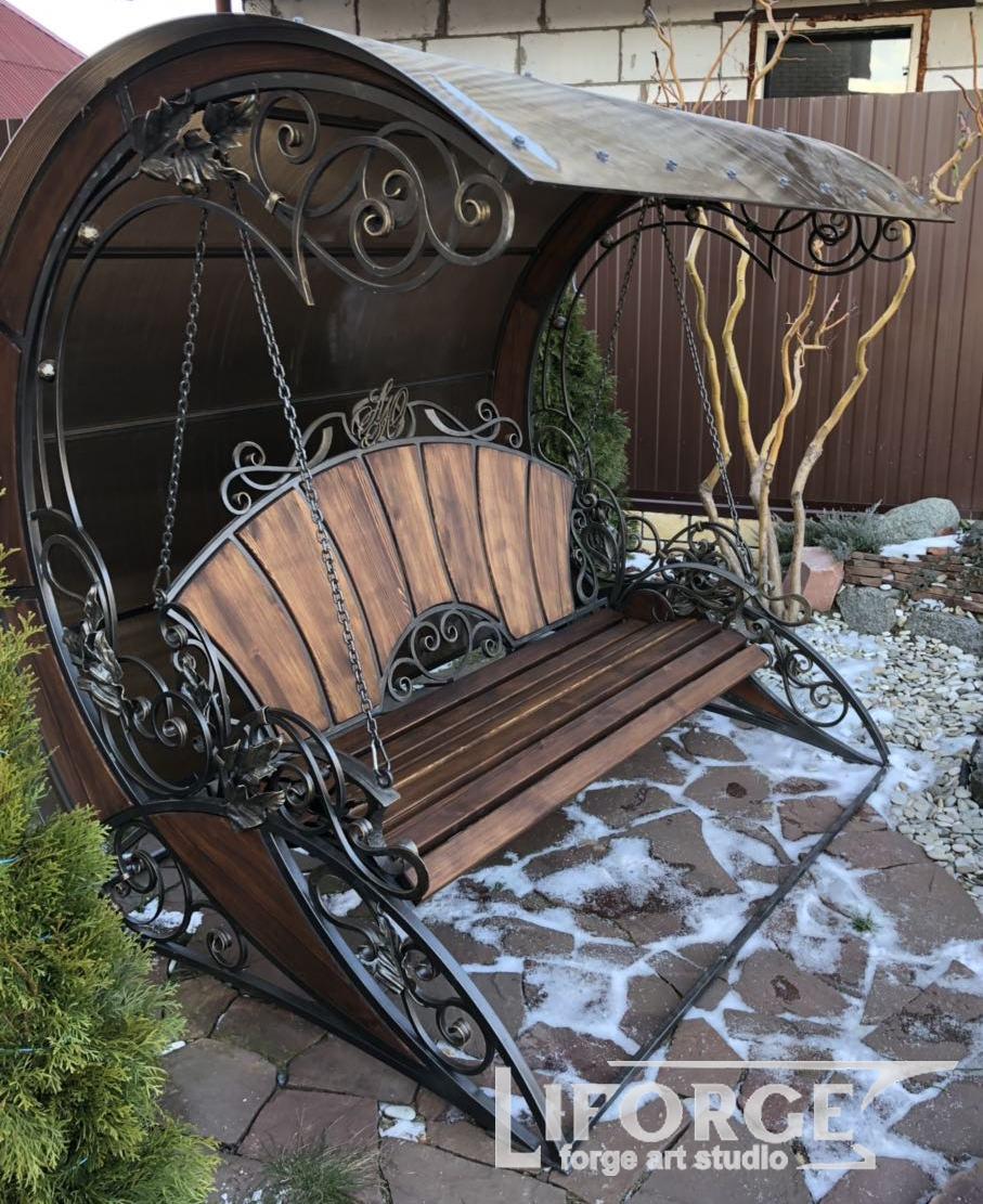 Кованая садовая скамейка №001 от 3400 руб.